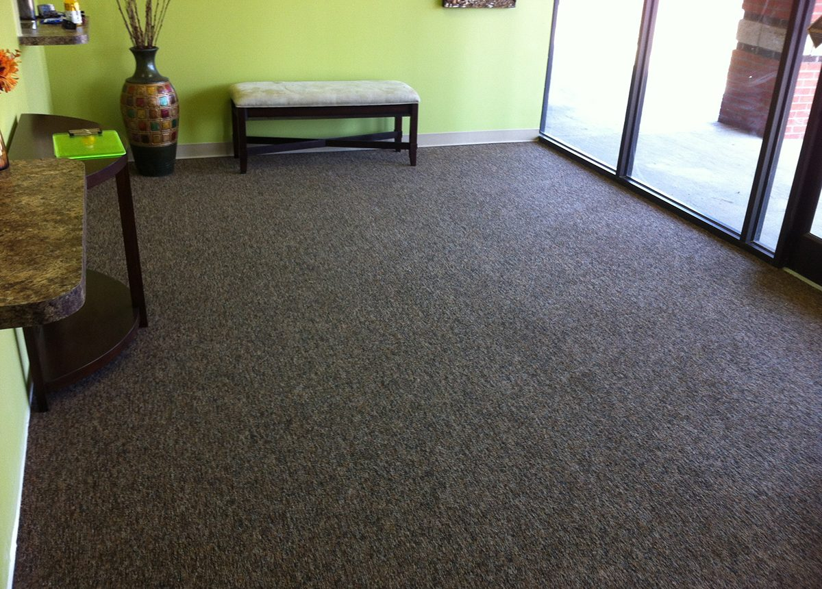 Laminate Floors and Carpets - Shop Carpet Corp.